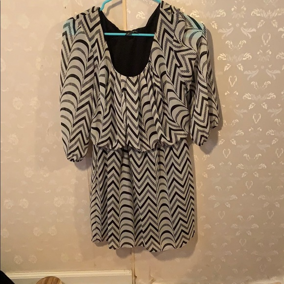 City Triangles Dresses & Skirts - Black and white striped shirt
